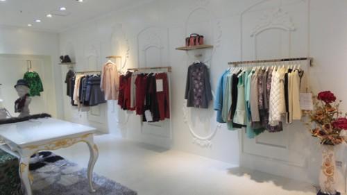 女装店铺装修设计图展示