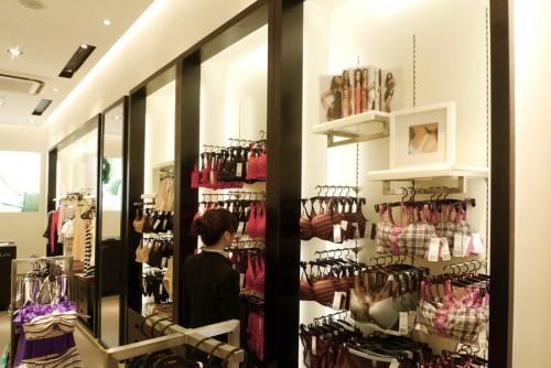 37度love女装店铺展示图片
