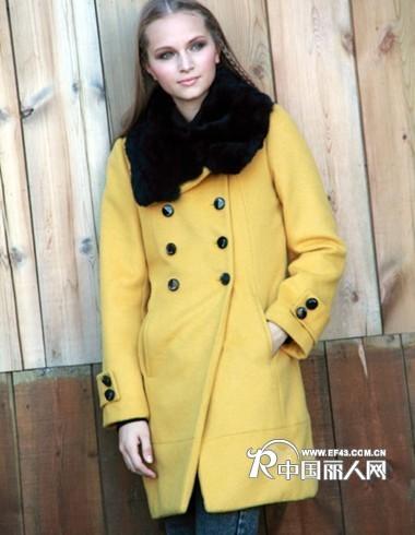 创新了欧式新古典主义田园风格;   2009年,面对品牌女装发展的日新月