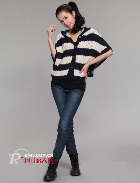 艾格2012春装上市,三大系列为情人节带来浪漫情调