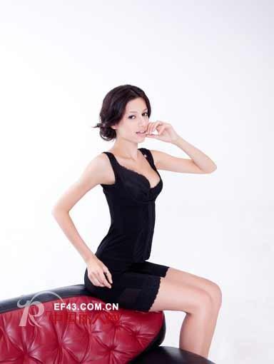 欧拉曲曼品牌内衣 经典演绎女性优美体态 欧拉曲曼昭通专高清图片