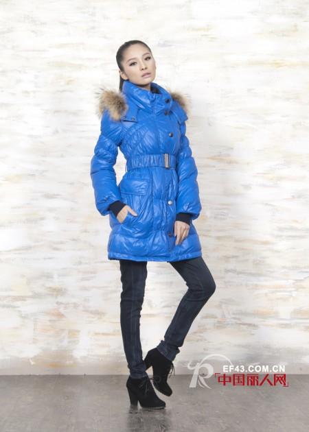 艺诗品牌服饰  寒冬里的一抹艳丽色彩
