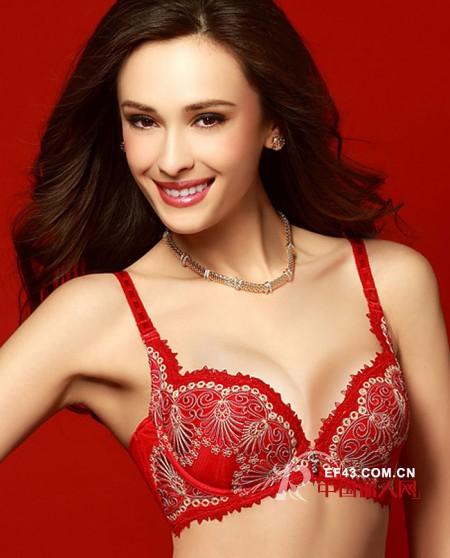 爱慕开运红品迎新年  选对你的红色风格