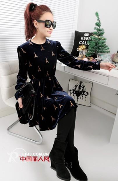 冬季丝绒面料连衣裙  打造吸睛魅力