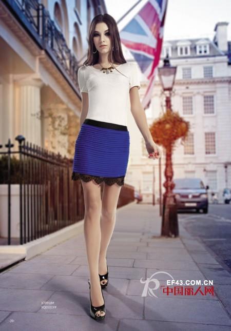 夏季巧防晒 艾米索藏蓝色单品打造白皙美人