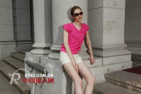 Rang-Ai 让爱女装 绚丽玫红色装点缤纷夏日