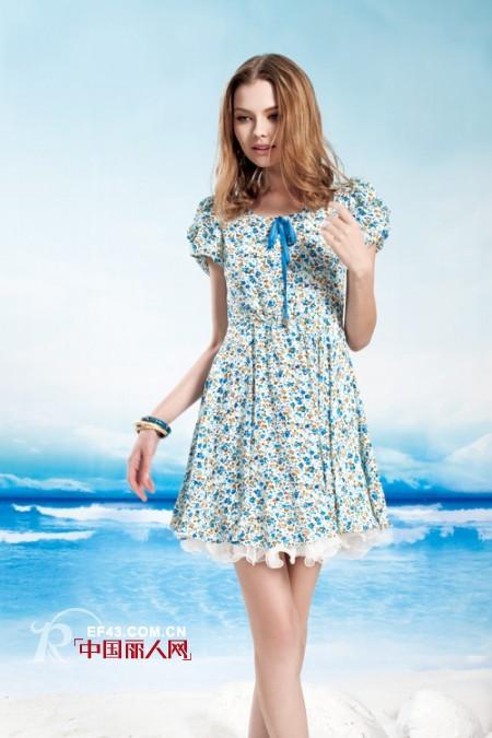 今夏  千百惠为你演绎那一抹静谧的蓝色