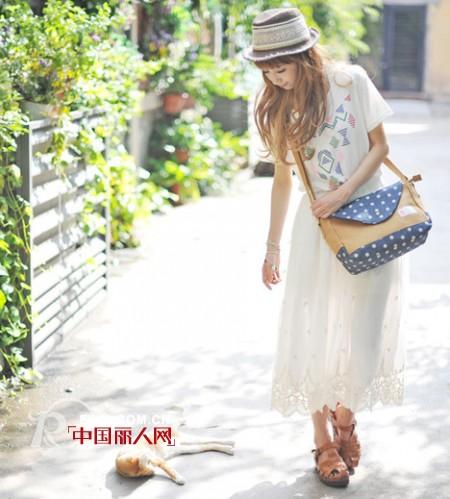 2013夏季森系长纱裙 展现复古文艺气质