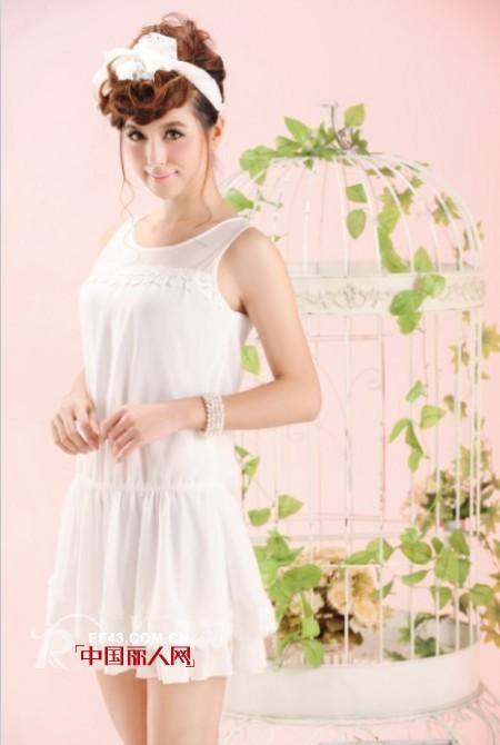 白色连衣裙 浪漫纯美重回白衣飘飘的年代