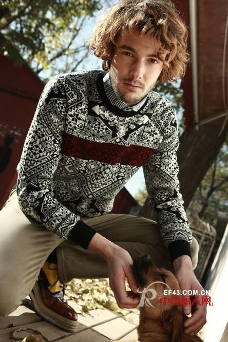 妈妈款针织毛衣掀起毛衣复古潮
