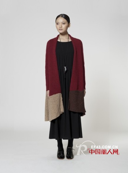 2013秋季搭配  一件长衫保暖又透气