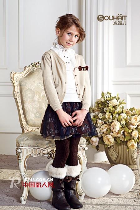 针织款式怎么搭配 小外套时尚有型美搭