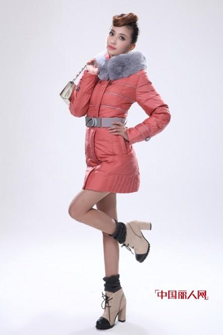 冬日御寒保暖穿什么好?  当然是暖暖羽绒服!