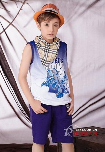 三角巾怎么围好看 三角巾搭配什么服装款式