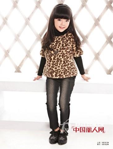 豹纹裤子上衣搭配_性感豹纹搭配,豹纹连衣裙搭配,豹纹铆钉鞋搭配-中国丽人网