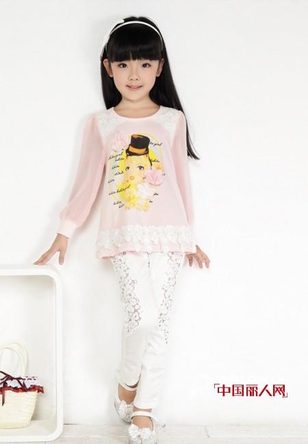童装蕾丝镂空裤搭配 粉色蕾丝衫条纹五分裤LOOK