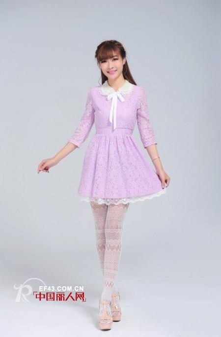 紫色连衣裙什么款式的好 韩版娃娃领雪纺裙蕾丝裙
