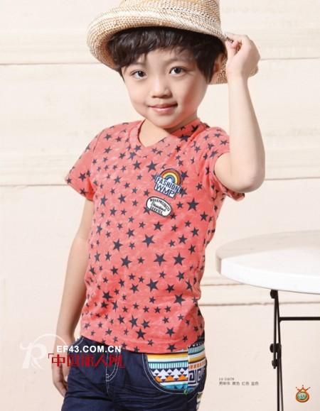 夏天适合穿什么颜色 西瓜红t恤搭配什么颜色 t恤怎么搭配