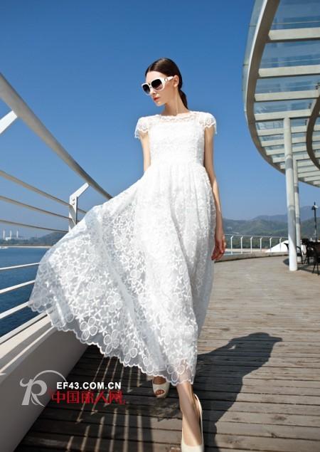 白色歐根紗連衣裙搭配 白色長裙好看還是短裙好看