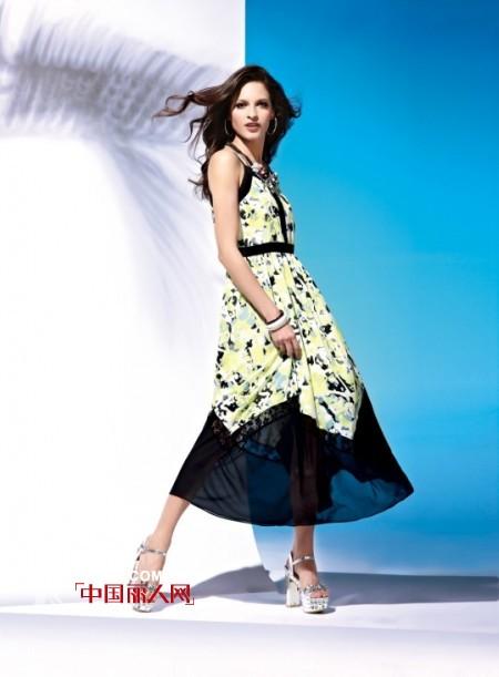 夏天高个女生穿衣搭配 高个女生适合穿长裙吗?