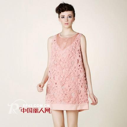 真丝连衣裙搭配 真丝裙什么样的好看