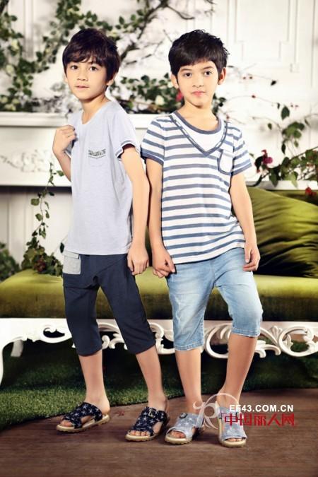 男生穿什么裤子好看 五分裤配什么 T恤配五分裤