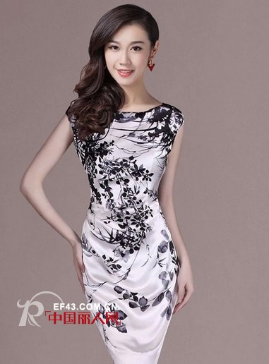 真丝裙什么样的好 欧美大牌绣花桑蚕丝裙