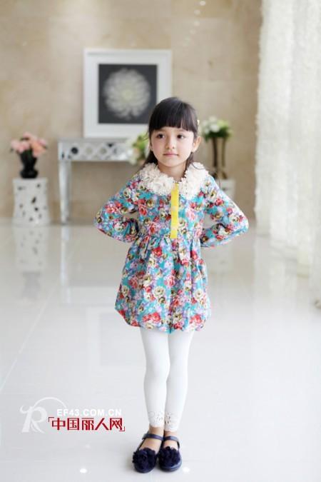 初秋韩版童装怎么搭配 韩版童装品牌哪个比较好 秋季韩版服饰搭配