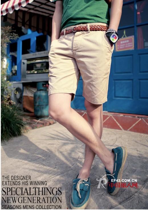 男士五分裤配什么鞋子  五分裤+休闲鞋