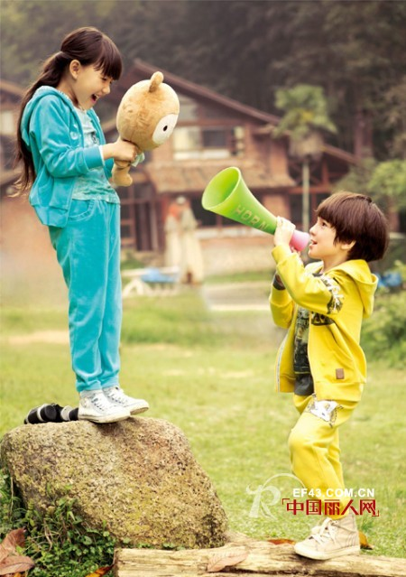 灯芯绒运动套装款式 秋冬套装休闲装搭配 2014秋冬童装款式搭配
