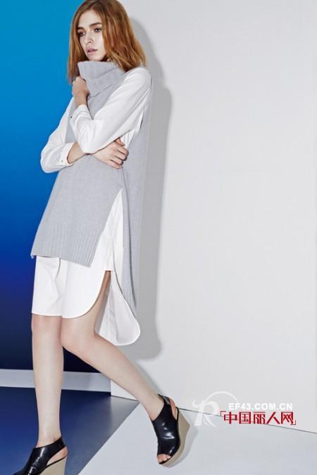 开衩白衬衫针织衫搭配 枣红色围巾披肩搭配修身裙