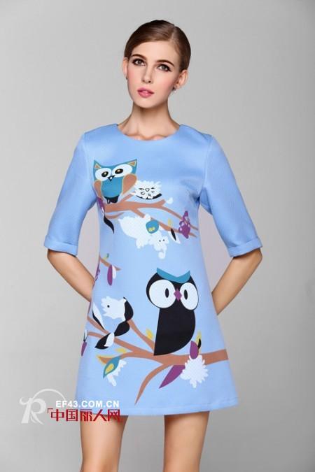 空氣層面料連衣裙 立體廓形更具時髦范