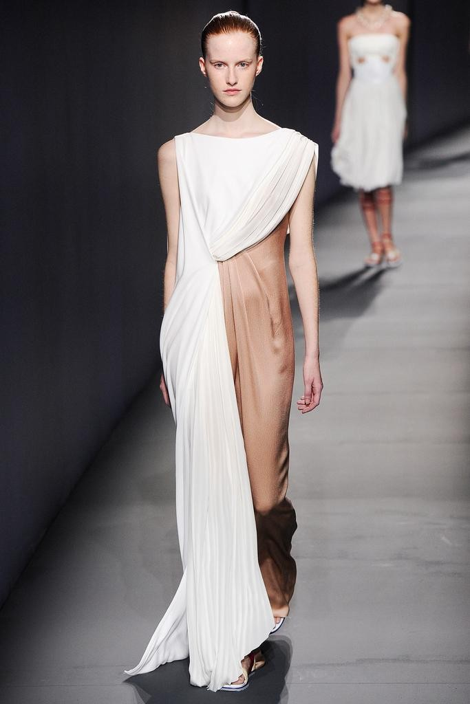 2015春夏巴黎时装周进行时 Vionnet发布春夏新品系列