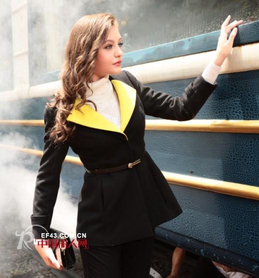 秋季黑色系服装如何搭配更好看?