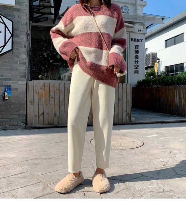 奶奶裤是什么样的显胖吗?奶奶裤配什么上衣好看