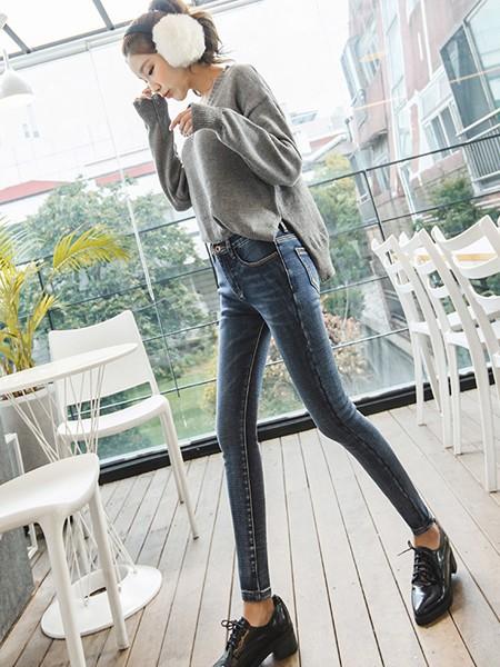 秋季牛仔裤怎么选 怎么打造出时尚感的休闲造型