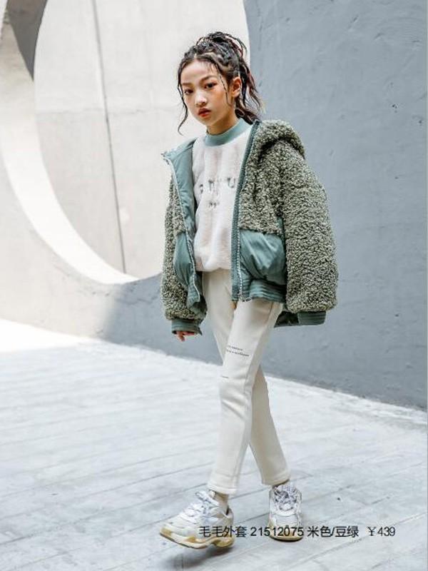 又软又萌的羊羔毛外套 保暖又好看