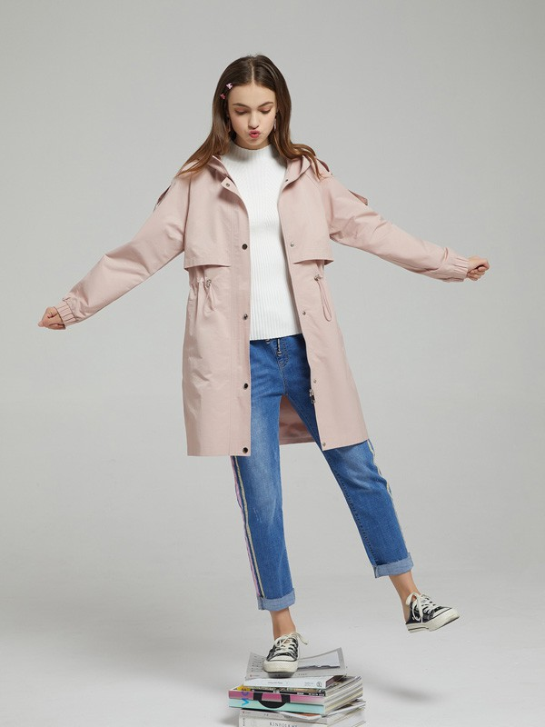 粉色单品怎么穿搭出休闲感 打破常态穿出新鲜感