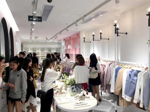 創業開女裝店如何提高成功率?