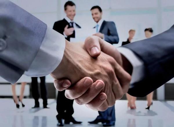 熱烈祝賀深圳閨秘雅服飾實業有限公司成功拿到商業特許經營資質