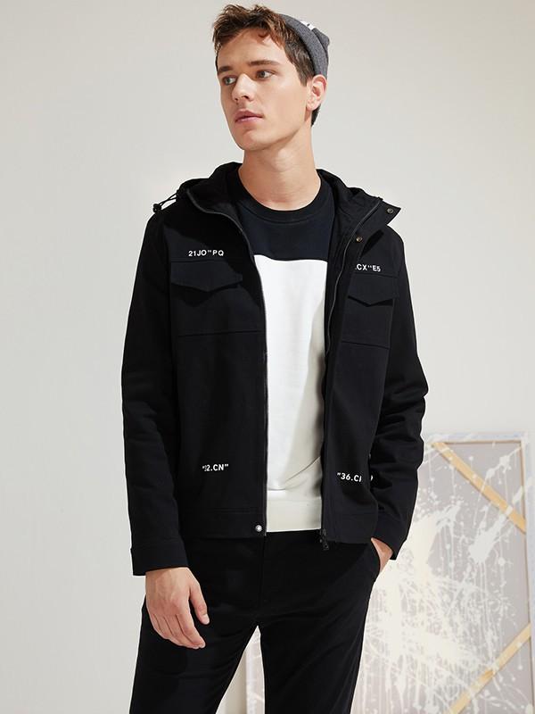 2019年流行什么款式的工裝外套 男生工裝外套如何穿比較帥