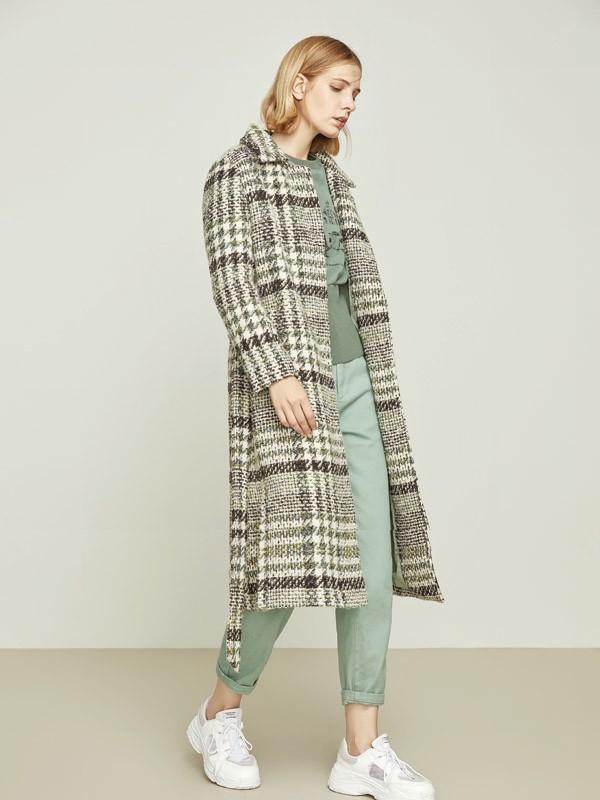 秋季大衣如何搭配 寵愛女人教你輕松穿出好氣質