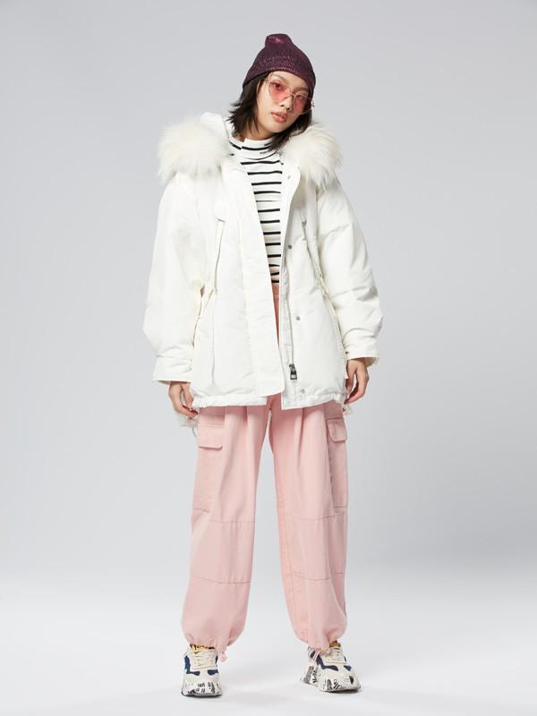 冬季羽绒服款式推荐 轻松穿出高级潮流范