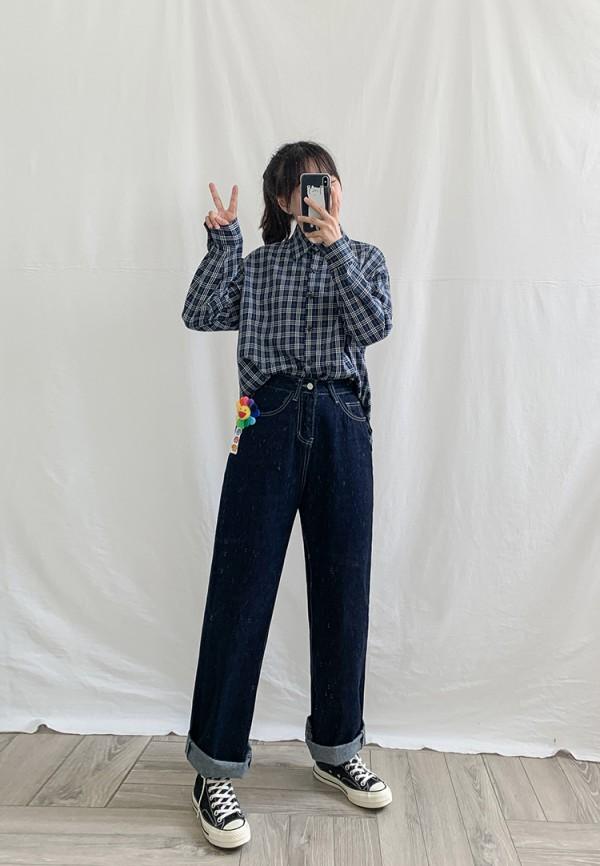 今年流行的老爹裤怎么穿好看 老爹裤配什么衣服比较时尚