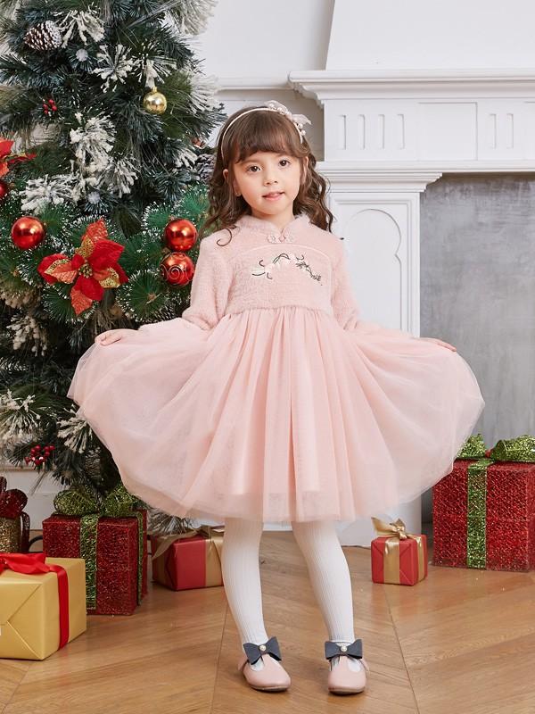 圣诞节小孩怎么穿好看 圣诞穿什么颜色