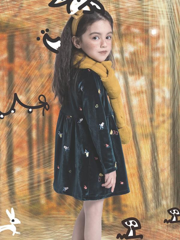 冬天穿哪种裙子保暖又好看 毛衣配纱裙好看吗