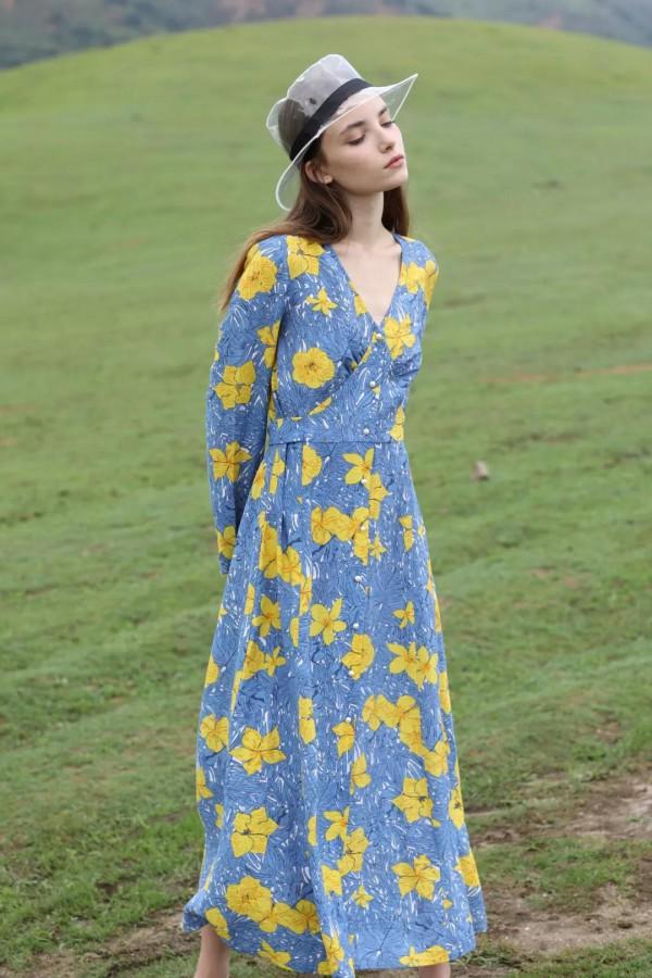 中国女装行业十大影响力品牌的加盟费大概是多少