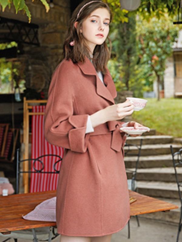 穿什么顏色的大衣比較顯氣質 愛弗瑞冬季新款大衣