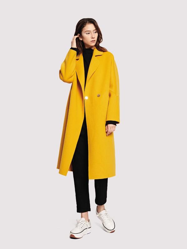 冬天穿黄色好看吗 冬天女装要怎么搭配