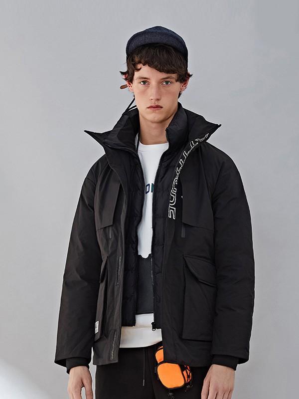 男士外套什么样的款式比较好看 翡翠男装让你做阳光暖男